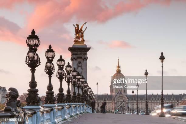 bridge alexander iii at sunrise, paris, france - pont alexandre iii photos et images de collection