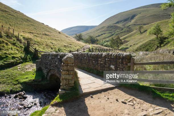 bridge at jacobs ladder, pennine way, edale, derbyshire - small stock pictures, royalty-free photos & images