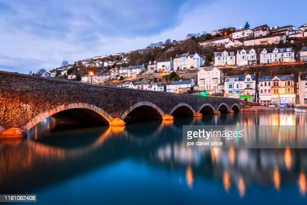 bridge at looe, cornwall, england - international landmark stock pictures, royalty-free photos & images