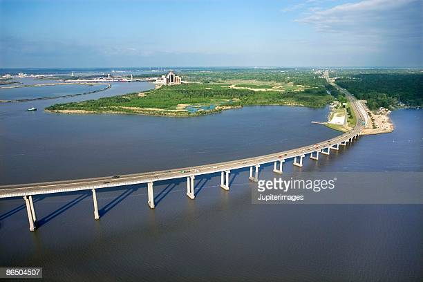 bridge in lake charles, louisiana - louisiana stock pictures, royalty-free photos & images