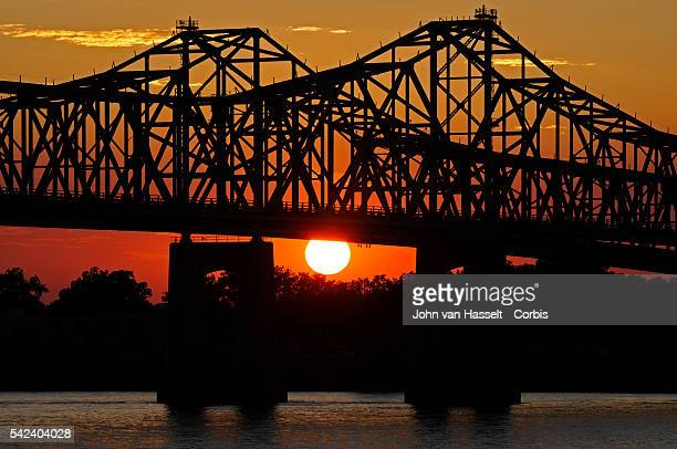 Bridge in Natchez crossing the Mississippi River into Louisiana When AfricanAmericans escaped the poverty of the South in search of industrial jobs...