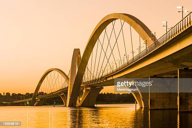 bridge juscelino kubitschek - distrito federal brasilia stock pictures, royalty-free photos & images