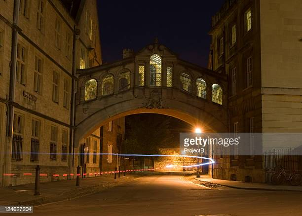 Bridge of sighs Oxford at night