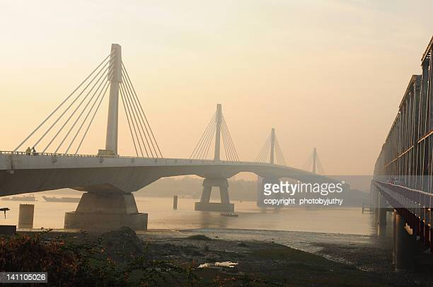 bridge on river karnaphul - チッタゴン ストックフォトと画像