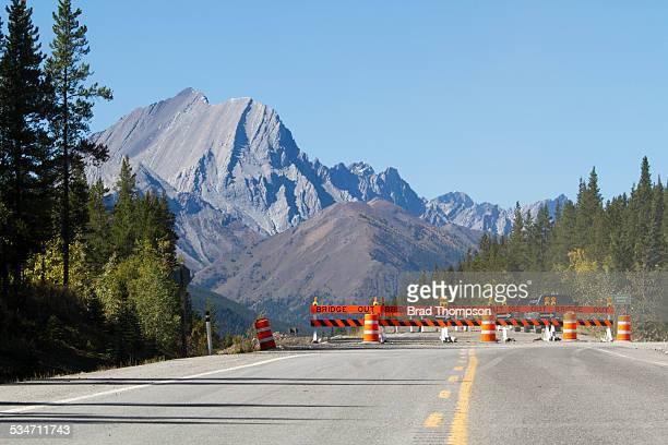 bridge out - detour sign stock photos and pictures