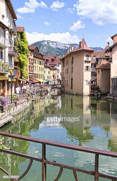 Pont sur le canal de Annecy, France.
