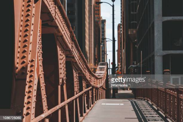 bridge over chicago river, illinois, united states - chicago river stock pictures, royalty-free photos & images