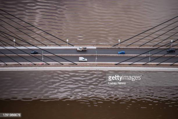 bridge over cuiabá river - sérgio motta bridge - クイアバ ストックフォトと画像