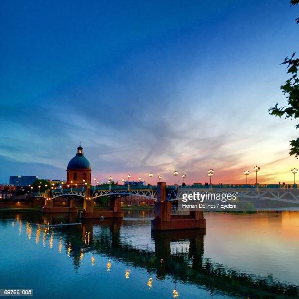 bridge over river at sunset - toulouse stock pictures, royalty-free photos & images