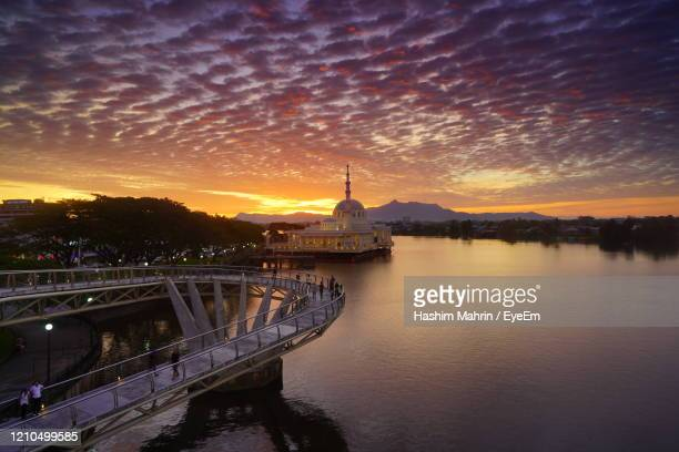 bridge over river during sunset - sarawak state stock pictures, royalty-free photos & images