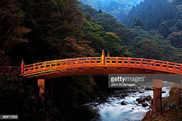 bridge over river - 栃木県 ストックフォトと画像