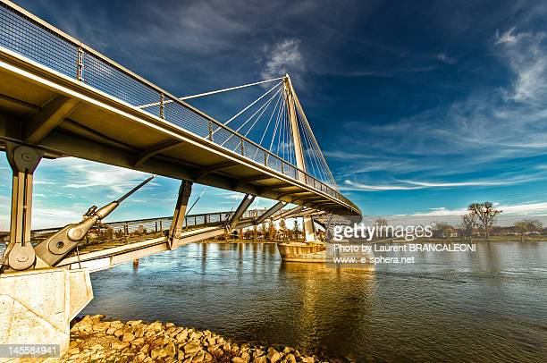 bridge over river with blue sky - brancaleoni foto e immagini stock
