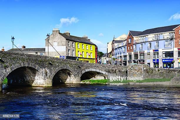 橋を渡って川で slaney enniscorthy 、アイルランド - ウェックスフォード州 ストックフォトと画像