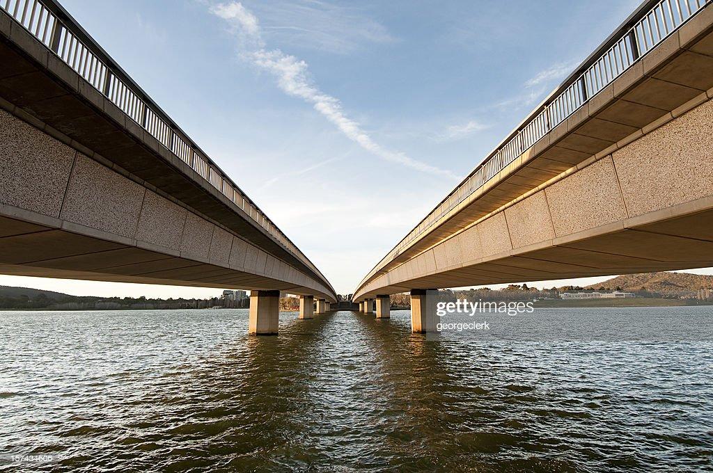 Ponte de perspectiva : Foto de stock