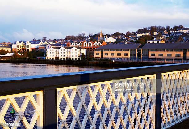 bridge - river foyle stock pictures, royalty-free photos & images
