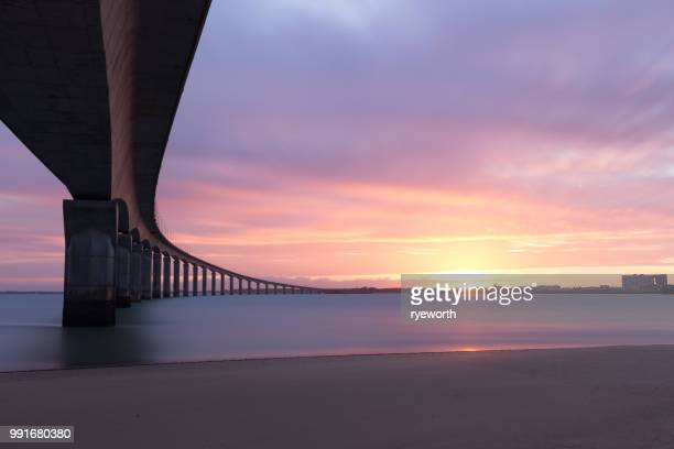 bridge - viaduct stock pictures, royalty-free photos & images