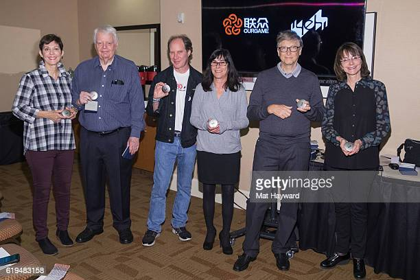 Bridge Players Jill Meyers Bob Hamman Fred Gitelman Sheri Winestock Bill Gates and Sharon Osberg pose for a photo before playing the first live Yeh...