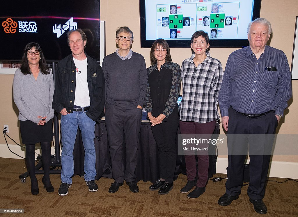 Bill Gates Joins The USA Team To Play At The Yeh Online Bridge World Cup : Fotografía de noticias