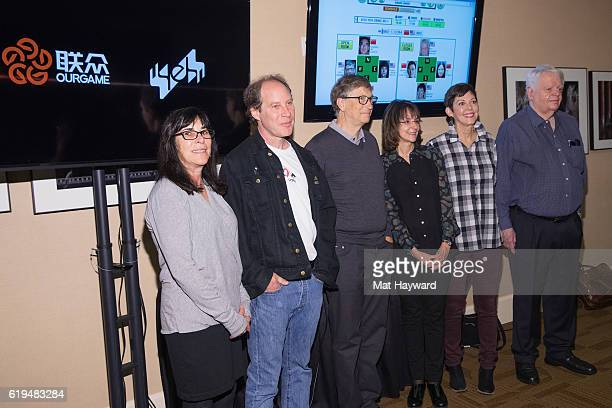 Bridge Players Sheri Winestock Fred Gitelman Bill Gates Sharon Osberg Jill Meyers and Bob Hamman pose for a photo before playing the first live Yeh...