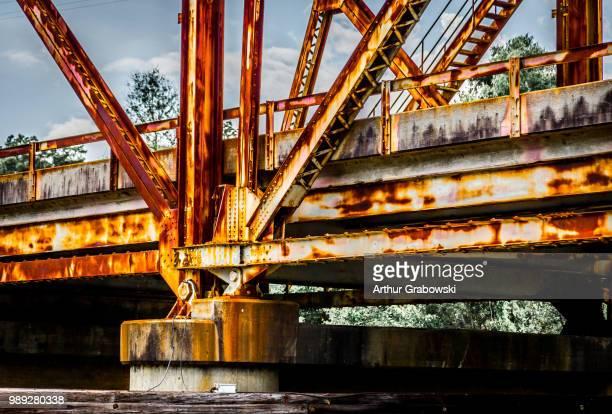 bridge rust - rust colored - fotografias e filmes do acervo