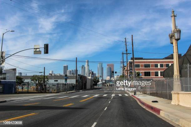 bridge street to la - los angeles stock-fotos und bilder