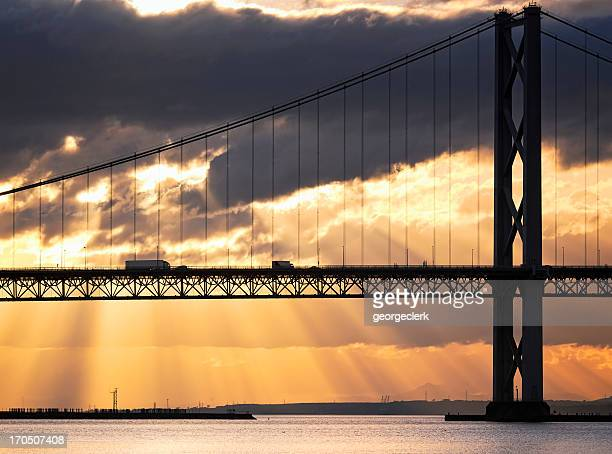 bridge traffic at dusk - luton stock pictures, royalty-free photos & images