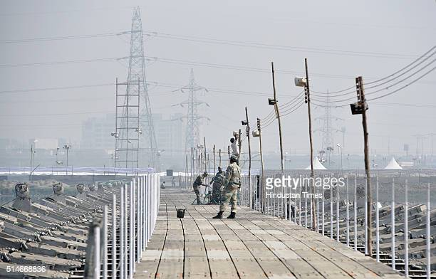 Bridge under construction for the World Cultural Festival event promoted by Art of Living foundation at the banks of River Yamuna on March 10 2016 in...