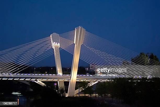 bridge with suspenders of prince of viana - provinz lerida stock-fotos und bilder