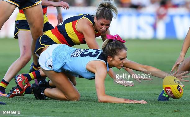 Bridie Kennedy of Carlton of Carlton gets the ball during the round five AFLW match between the Adelaide Crows and the Carlton Blues at Norwood Oval...