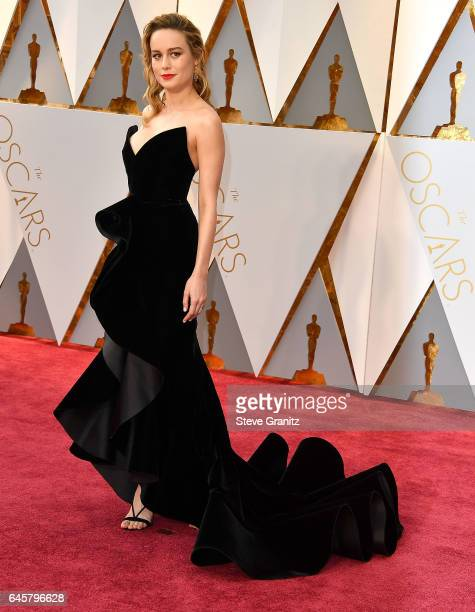 Brie Larson arrives at the 89th Annual Academy Awards at Hollywood & Highland Center on February 26, 2017 in Hollywood, California.