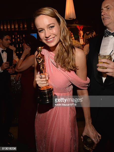 Brie Larson attends the 2016 Vanity Fair Oscar Party Hosted By Graydon Carter at the Wallis Annenberg Center for the Performing Arts on February 28...