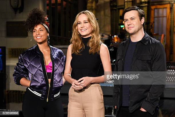 LIVE 'Brie Larson' Episode 1702 Pictured Musical guest Alicia Keys host Brie Larson and Taran Killam on May 5 2016