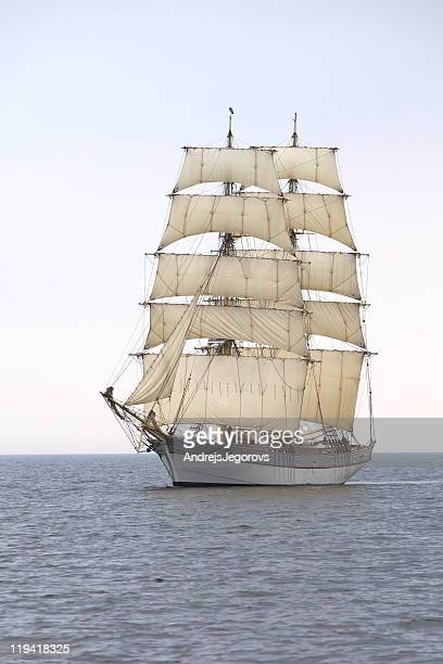 briga tre kronor at sea - pirate ship stock photos and pictures
