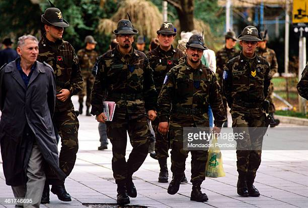 A brigade of the Italian Alpine troops part of NATO Stabilisation Force in Sarajevo garrisoning the Turkish district of Sarajevo after the war in...