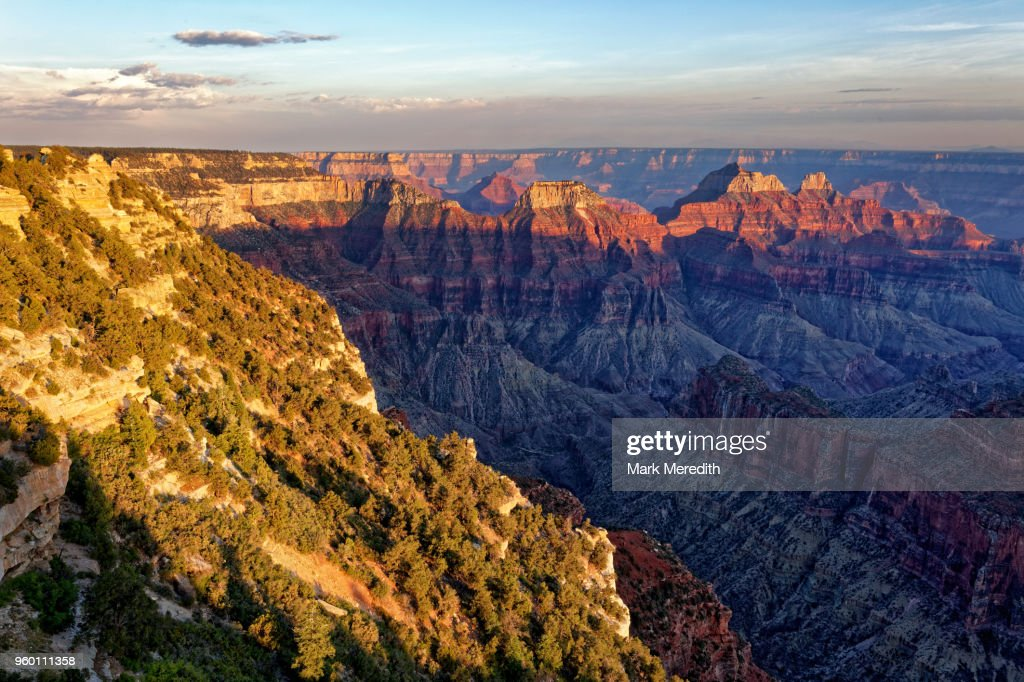 Bright Angel area of Grand Canyon North Rim looking towards Isis and Osiris Temple : Stock-Foto