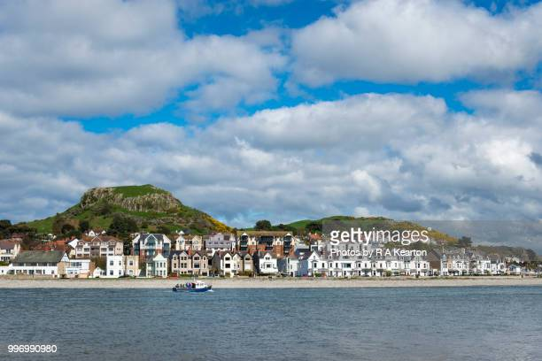 bright houses at deganwy on the afon conwy, north wales - wales stockfoto's en -beelden