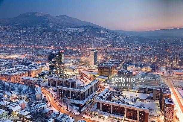 bright lights, big city! - sarajevo stock-fotos und bilder