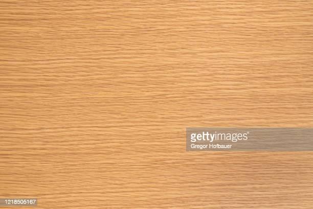 bright oak veneer texture - hell leuchtkraft stock-fotos und bilder