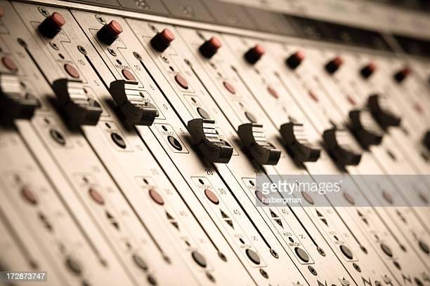 Leuchtenden vertikalen Nahaufnahme von Audio-Miniburger