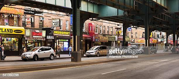 brighton beach avenue - brooklyn new york stock-fotos und bilder