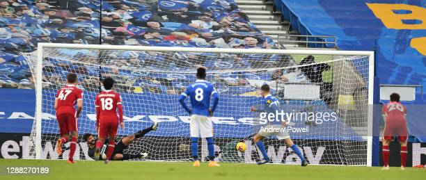 Brighton & Hove Albion's Pascal Gross scores the Equiliser from the penalty spot during the Premier League match between Brighton & Hove Albion and...