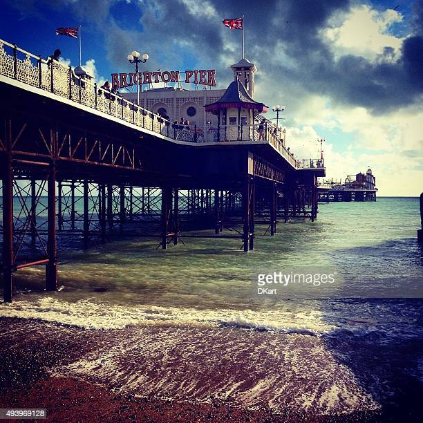 ブレアズヴィル桟橋 - 英国 ブライトン ストックフォトと画像