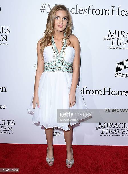 Brighton Sharbino arrives at the Premiere Of Columbia Pictures' 'Miracles From Heaven' at ArcLight Hollywood on March 9 2016 in Hollywood California