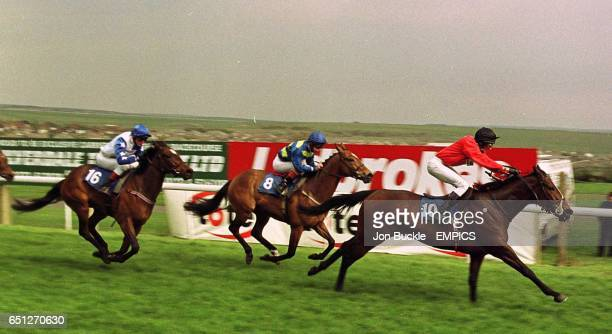300 @ Brighton The Racecourse Video Services Selling Stakes Kosmic Lady ridden by GBaker storms ahead of Shudder and Jetstream Flyer to win