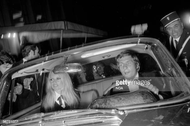 Brigitte Bardot and Gunther Sachs Paris 1967 HA12834