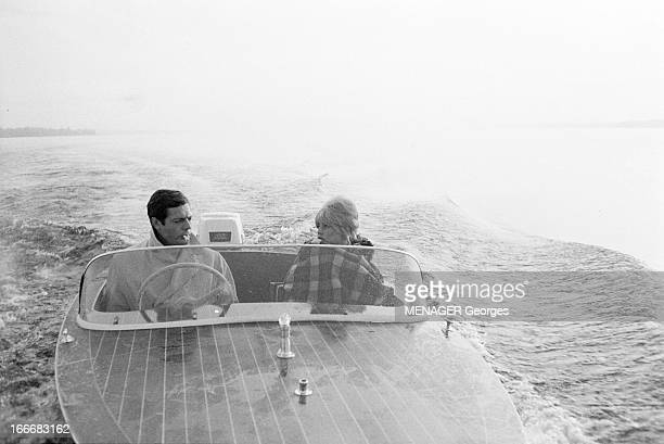 Brigitte Bardot And Marcello Mastroianni Shooting On The 'Vie Privee' By Louis Malle France 14 juin 1961 Brigitte BARDOT et Marcello MASTROIANNI sur...
