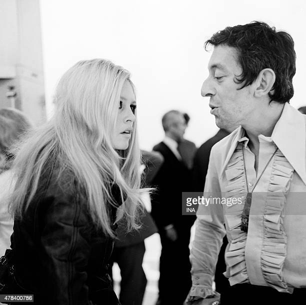 Brigitte Bardot and Serge Gainsbourg during the rehearsals of the program ''Sacha show''