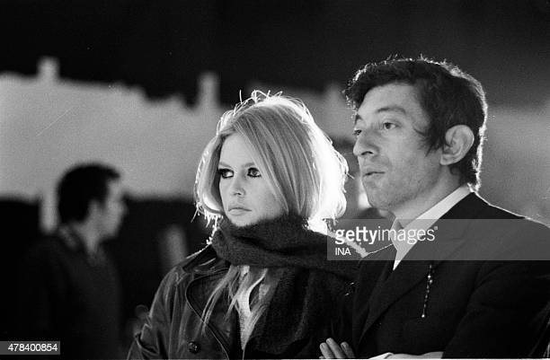 Brigitte Bardot and Serge Gainsbourg on the shooting of the broadcast Show realized by Francois Reinchenbach