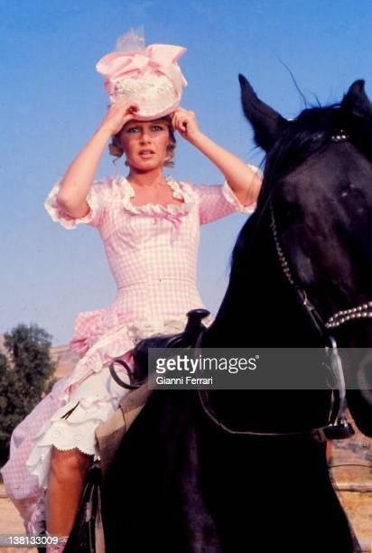Brigitte Bardot during the filmation of the movie 'Las Petroleras' near Madrid directed by Christian Jacque 5th July 1971 Madrid Spain