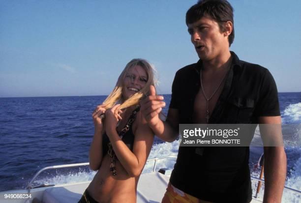 Brigitte Bardot et Alain Delon en bateau à SaintTropez en 1968